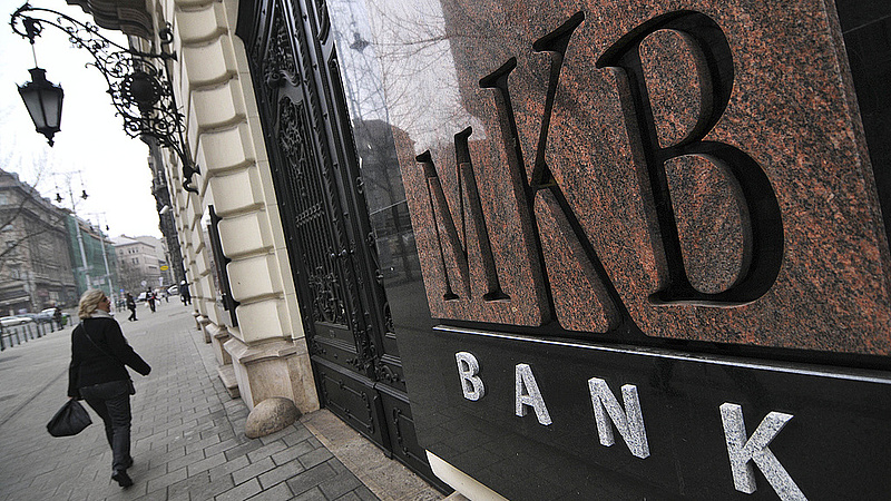 Napokig elérhetetlen lesz a magyar nagybank