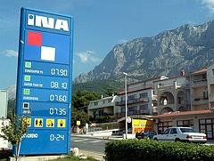 Az INA vinné a horvátországi OMV-kutakat