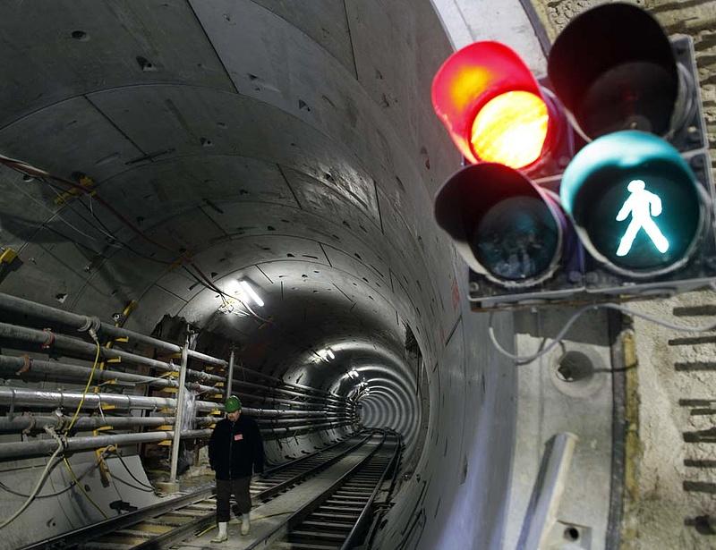 Tarlós: rendkívül közel a megállapodás metrókocsi-ügyben