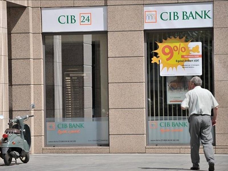 Maradna a nagybank Magyarországon