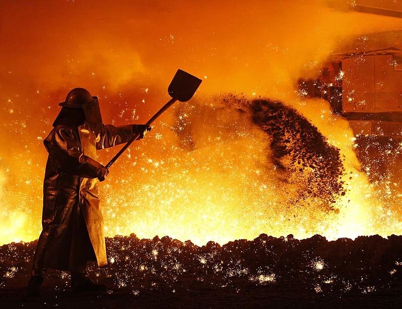 Befellegzett a jászberényi acéliparnak