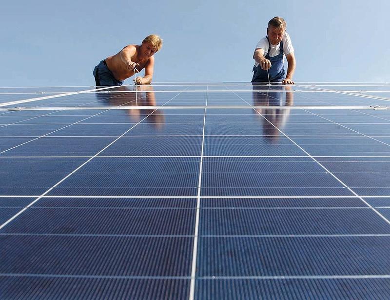 Épül az ország első naperőműve - beavatkozott a minisztérium