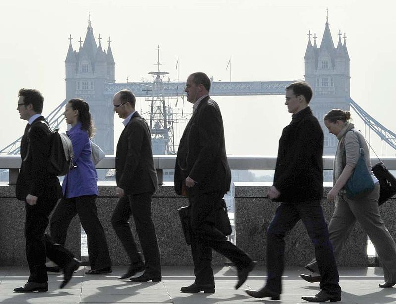 Előretört a függetlenségi párt Nagy-Britanniában