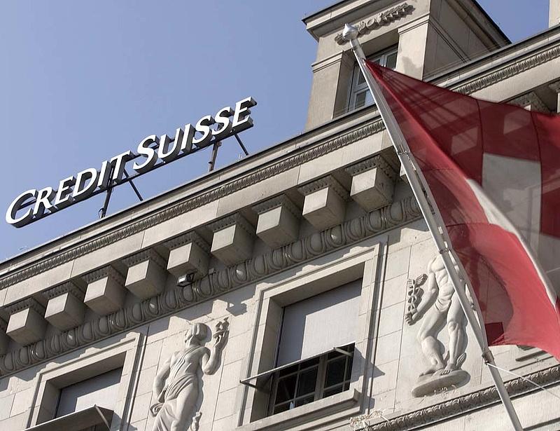 Házkutatás a Credit Suisse ügyfeleinél