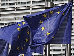 Jön az Európai Szolidaritási Testület - önkéntesekre költ milliárdokat az EU