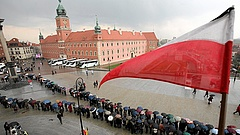 Lengyelországnak elfogadhatatlan, ahogy az EU kikezdi jogrendjét