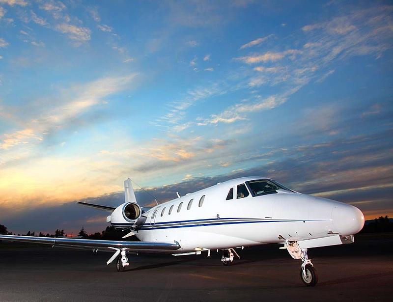Rossz hír kaptak a szupergazdagok, egyre drágább a saját repülőgép