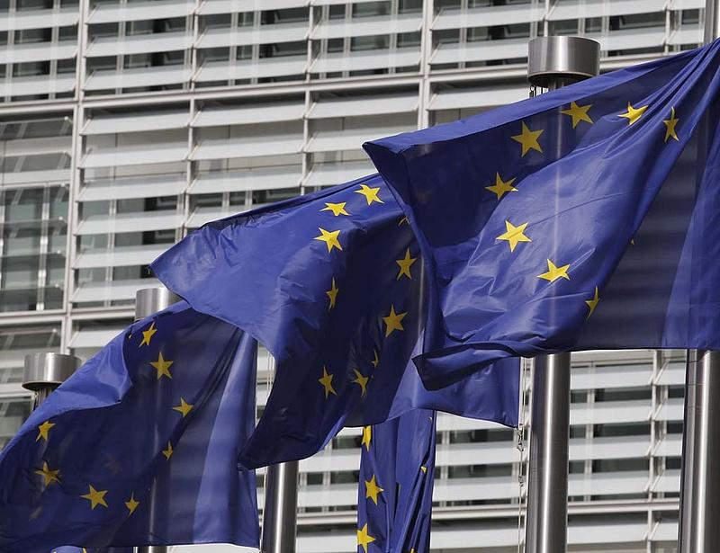 A Bizottság csak kisebb dolgokban engedhet Magyarországnak
