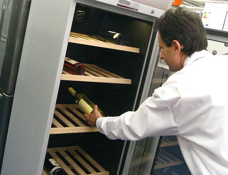 Újraindul a hűtőgyártás a Helkama telephelyén