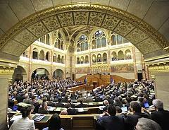 Jövő héten tárgyalja a kormány az új rokkantosítási szabályokat