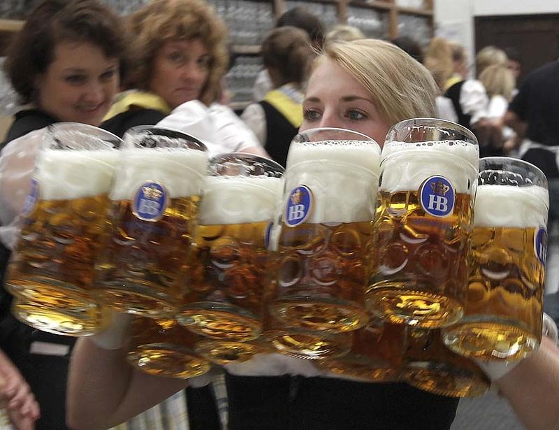 Még drágább lesz a sör az Oktoberfesten