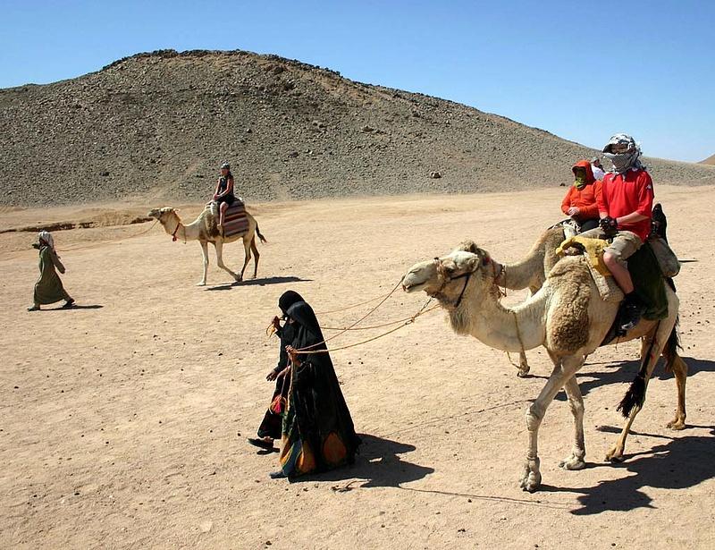 Valami van a falak mögött Luxorban