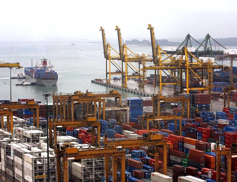 Ötödik hónapja zuhan a kínai export