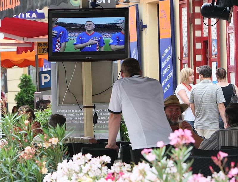 Kemény fellépést sürget az EP a sportesemények kalóz streamingelése ellen