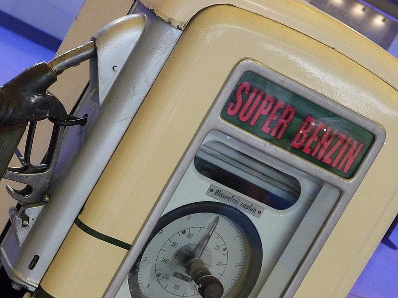 Zuhanó benzinár: mi lesz jövőre?