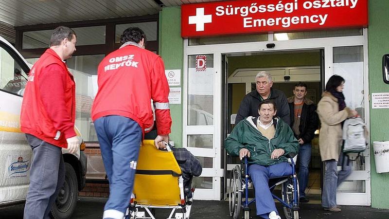 Sürgősségi ellátás: Kásler visszaszólt az ÁSZ-nak