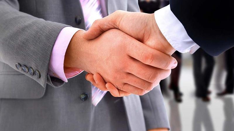Újabb stratégiai partnere van a kormánynak