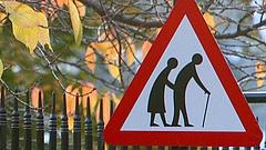 Kiszámolták: ekkor fog megreccsenni a magyar nyugdíjrendszer