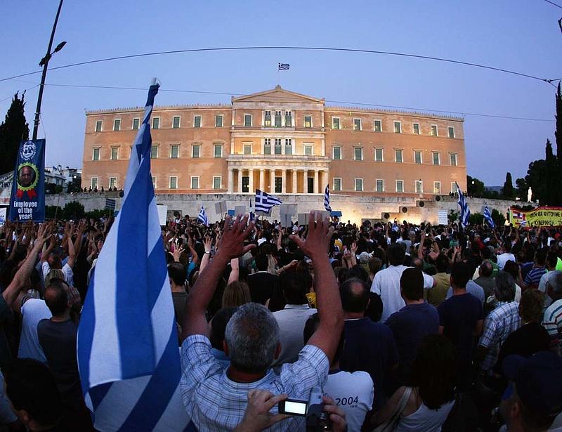 Újabb megszorításokat jelentett be Görögország