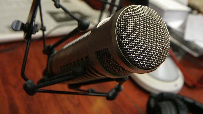 Több szabályt is megsértett az új kormánybarát rádió