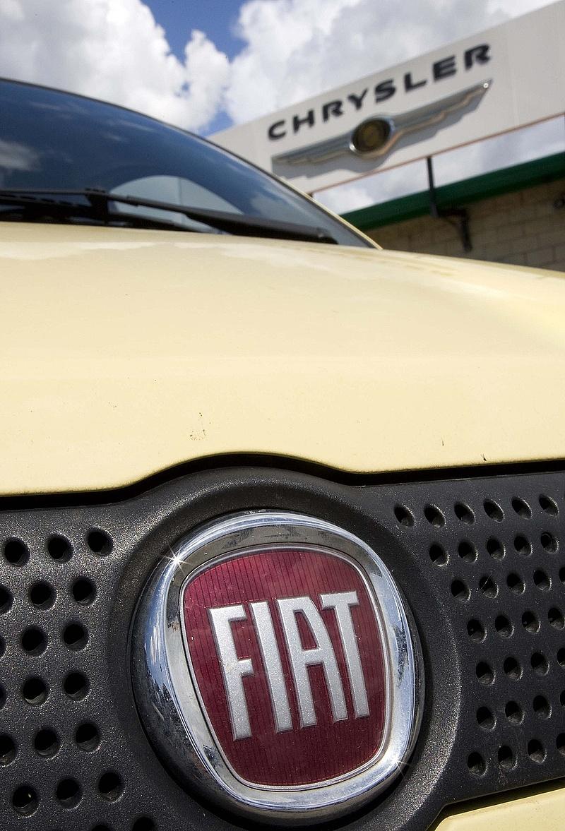 Légzsákok javítására hív vissza 1,9 millió autót a Fiat Chrysler