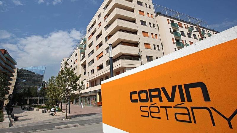 Nagy változás készülődik a Corvin sétánynál