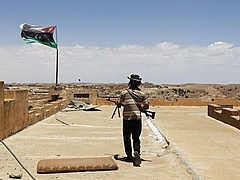 Nő a feszültség Líbiában - az USA nagyon aggódik
