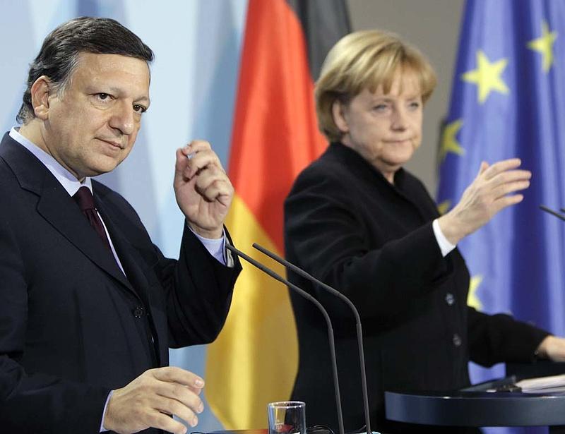 Berlinben egyeztet Merkel és Barroso