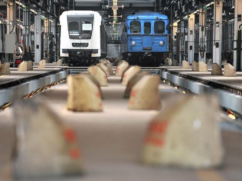Rövidesen érkeznek az új metró kocsik