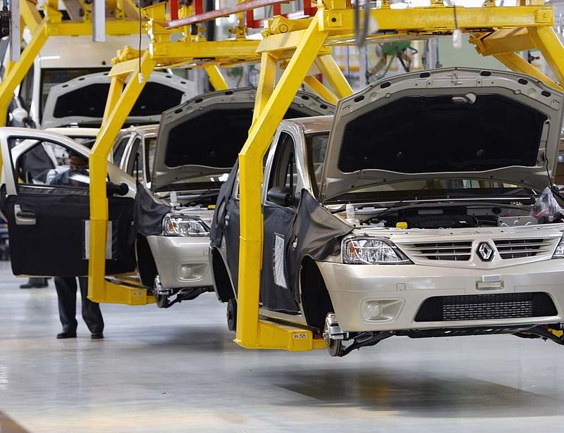 Clio és Kangoo autókat hív vissza a Renault