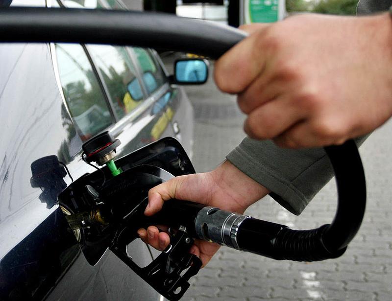 Többet veszünk az olcsóbb üzemanyagokból