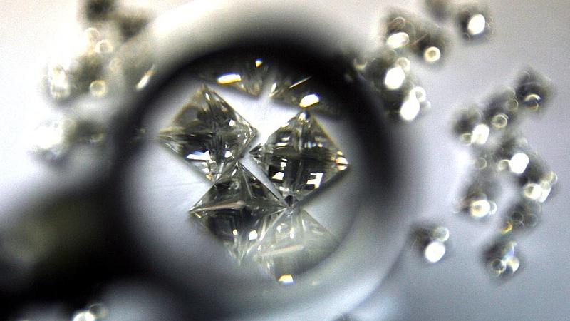 Megugrott a gyémántbányászat a De Beersnél