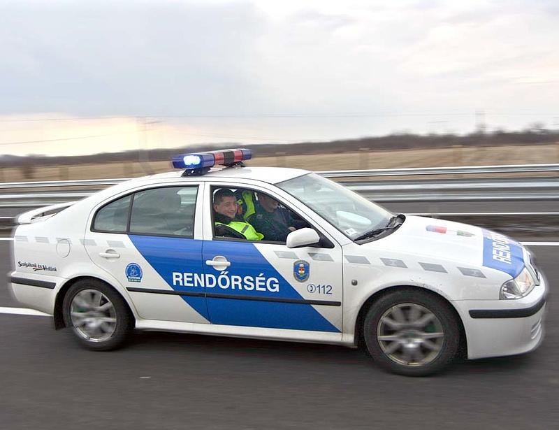 Veszélyben a közbiztonság - szupergyors rendőrautó-beszerzés jön