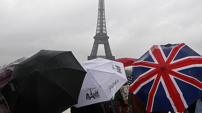 Válságtanácskozás lesz Franciaországban