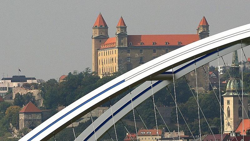 Előrehozott választásokról szavazhatnak Szlovákiában