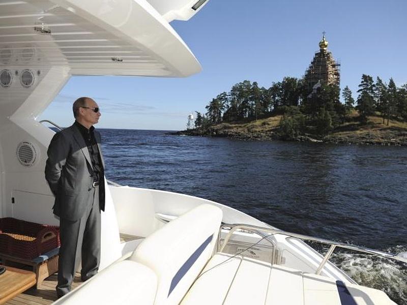 Kiszerettek Putyinból az oroszok