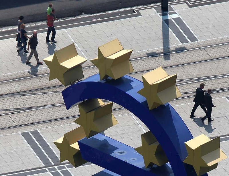 Megérkezett Európa válasza a kínai tűzijátékra