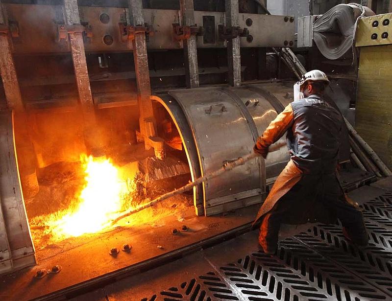 Tízéves csúcsárra rántotta az alumíniumot a guineai puccs híre
