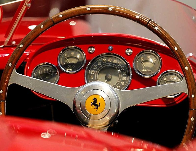 Jól debütált a Ferrari New York-ban
