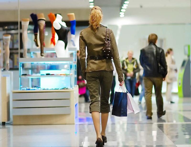Az amerikai fogyasztók szebb félévre számítanak
