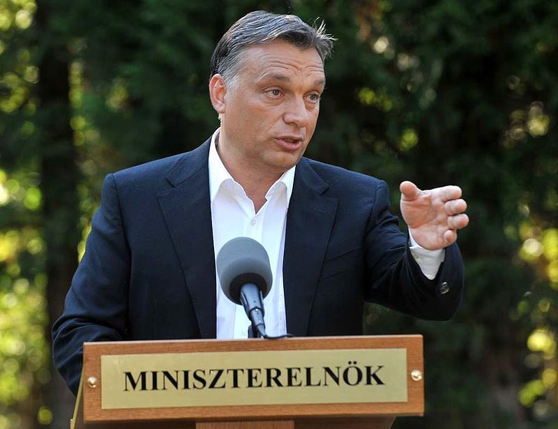 """Orbán: 2012-ben az ideinél is nagyobb \""""átrendezés\"""" lesz a költségvetésben"""