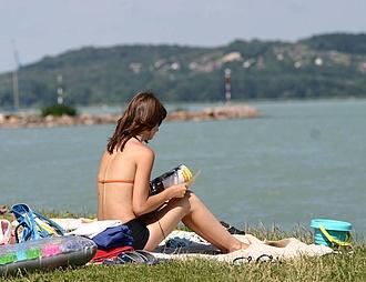 Megérkezett a friss időjárási előrejelzés, közeleg a nyári forróság