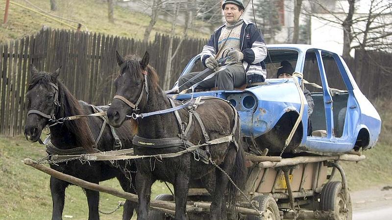 Újabb ajándékot kaptak az autósok - Romániában