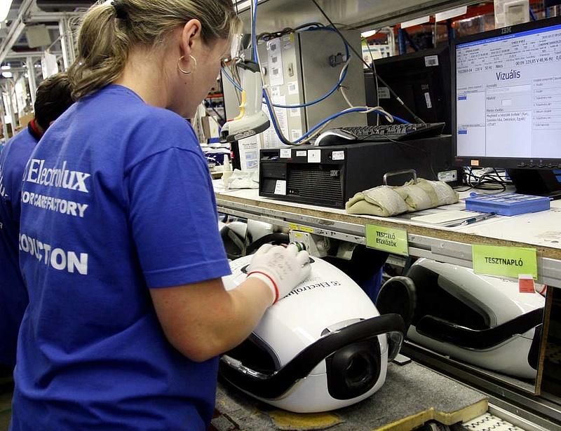 Az Electrolux negyedéves profitja 8 százalékkal csökkent