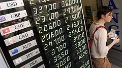 Nincs megállás: újabb történelmi mélypontra jutott a forint