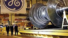 Lángol a GE magyar gyára