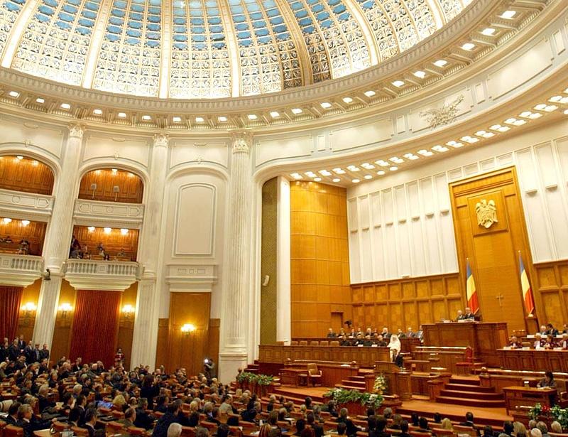 A román kormányt nem hatották meg a hatalmas tüntetések