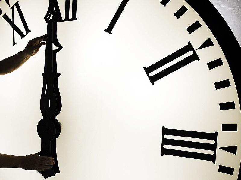 Most minden magyar nyerhet egy órát - Sorsolás vasárnap