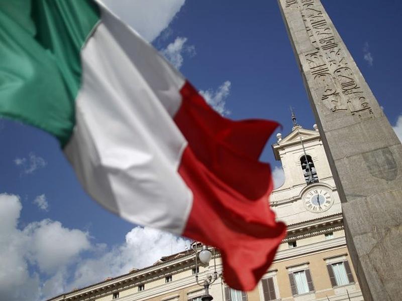 Szeretik a piacok az olasz önsanyargatást