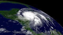 Florida sem ússza meg kevesebbel - újra 5-ös szintre erősödött Irma